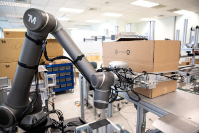 cobots for material feeding sol